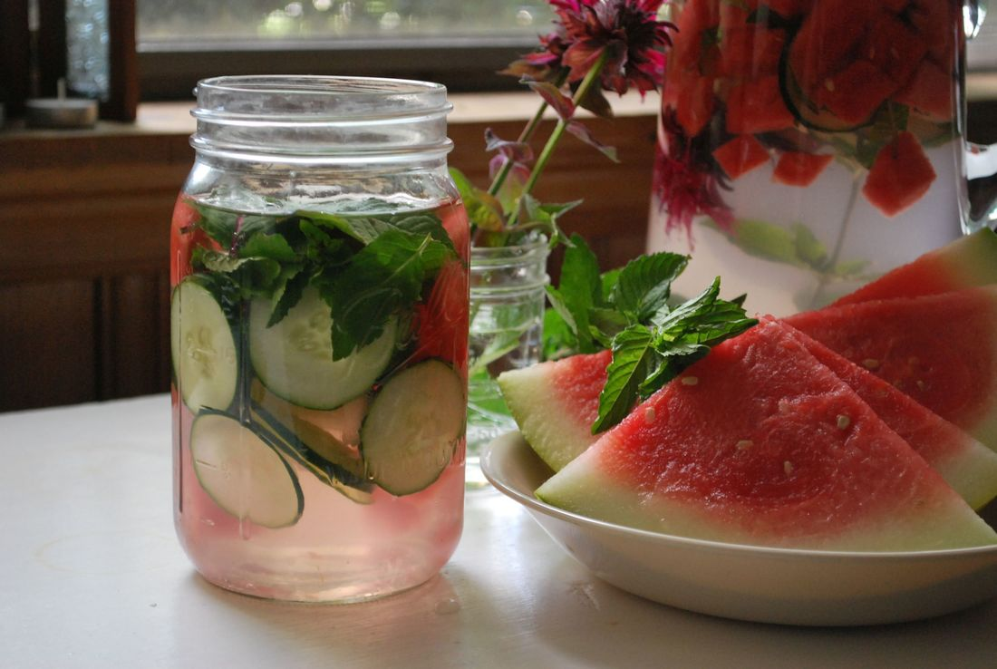Perfect Bee Balm Infused Water for a Beautiful Summer Solstice