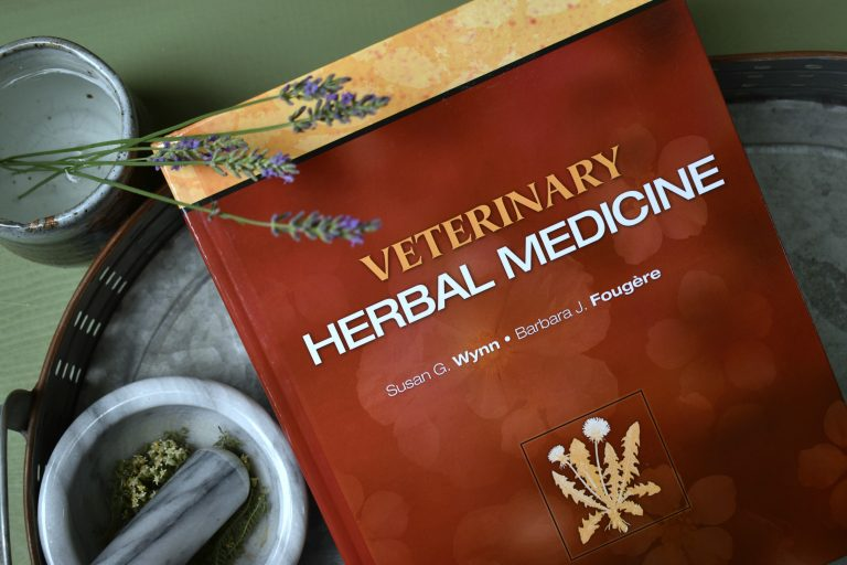 Veterinary Herbal Medicine for Homesteaders and Preppers