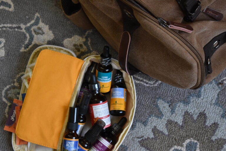 Herbs for emergencies to keep in your GOOD bag